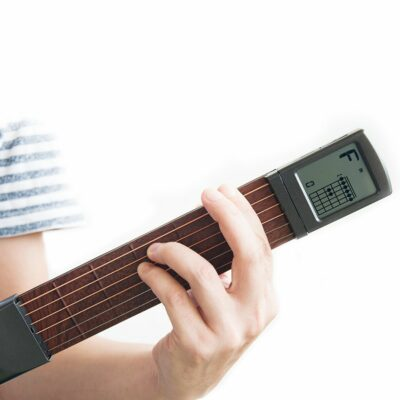 Portable Guitar Trainer with Screen Display 1